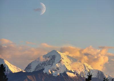 14_Berge_mit_Mond